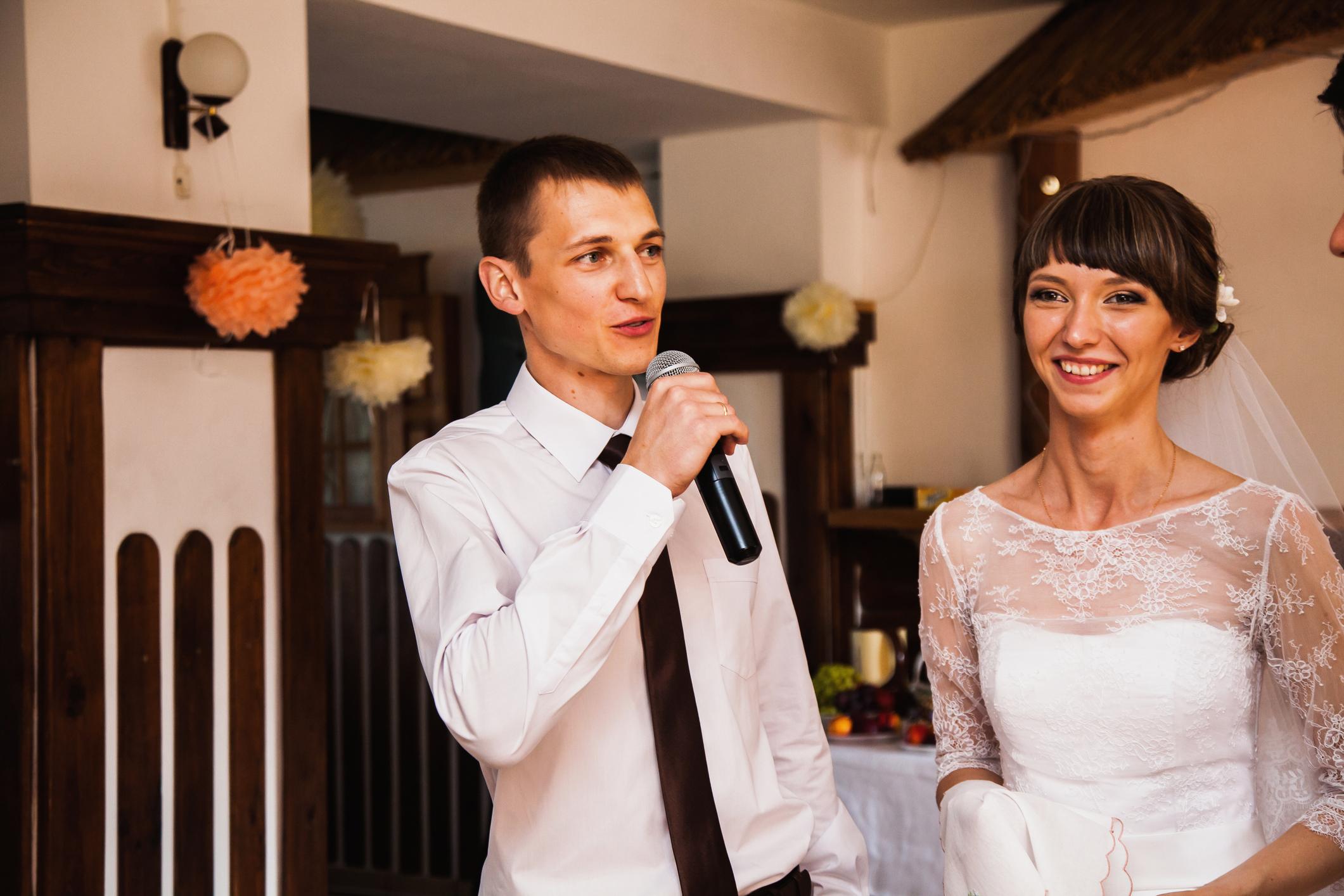 結婚式 入場 シーン