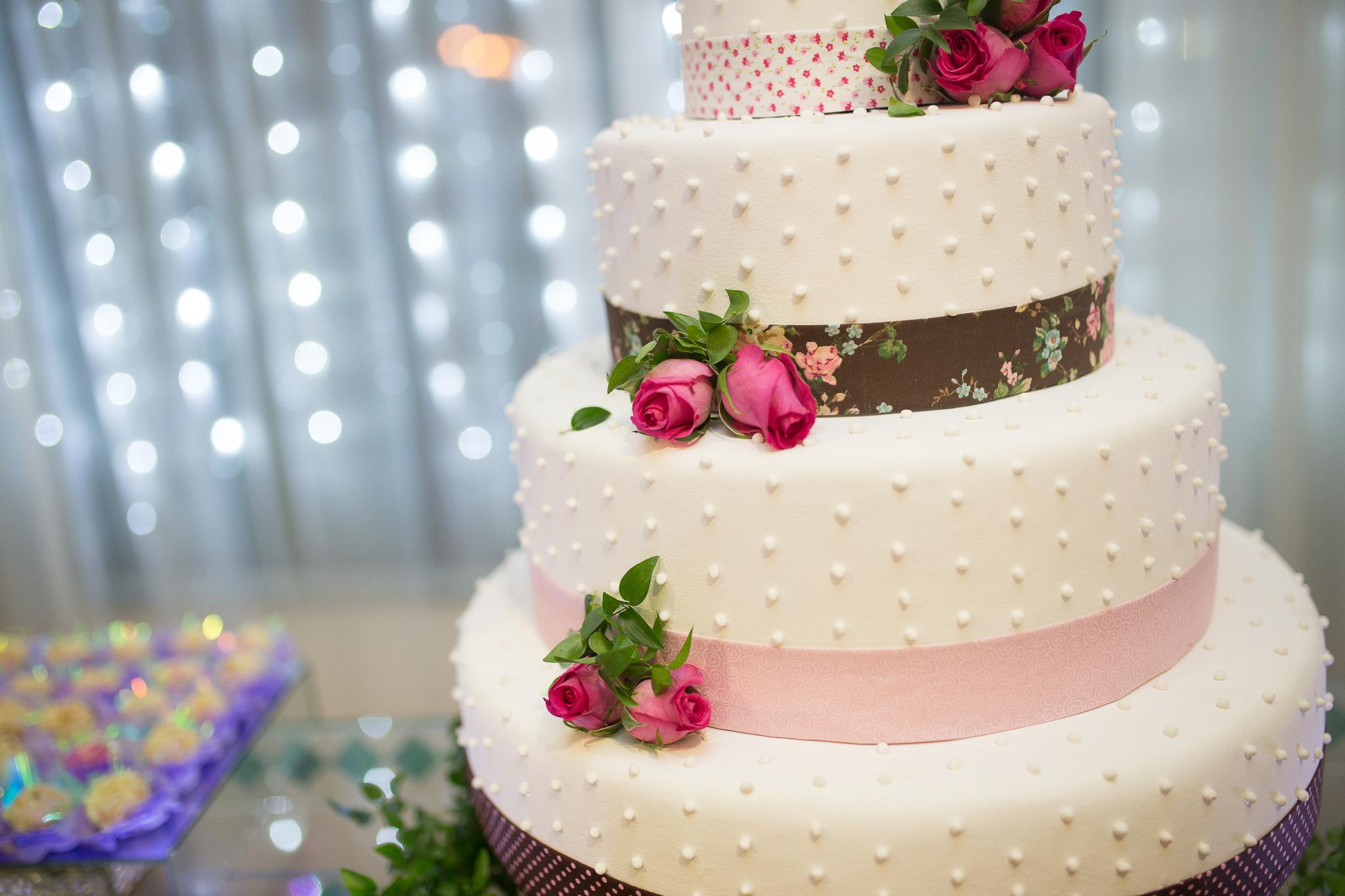 プロポーズ から 結婚式 まで 段取り ウェディングケーキ