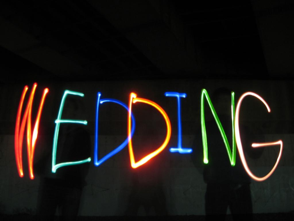 披露宴 エンドロール オープニングムービー 結婚式 ピカピカムービー