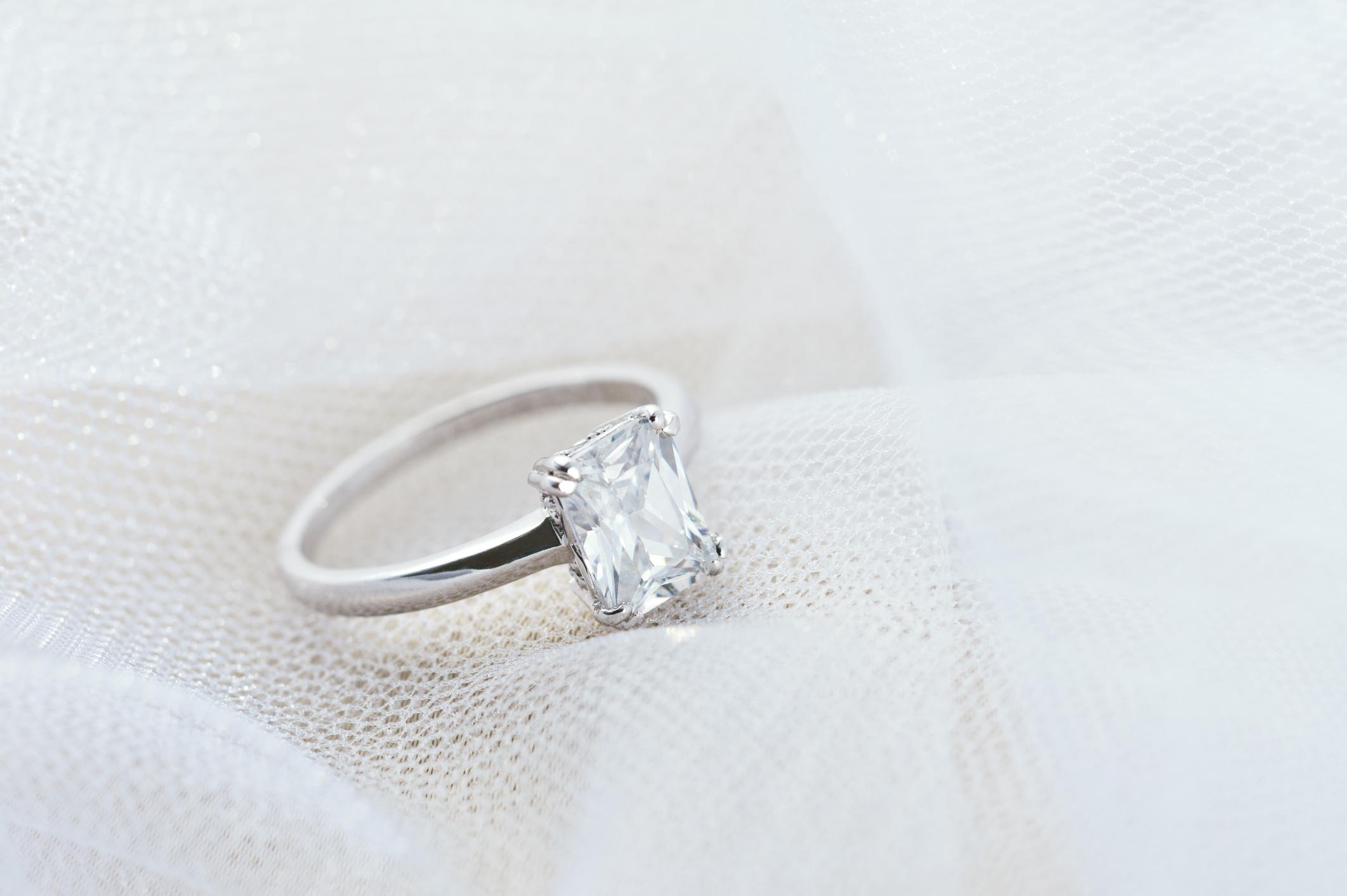 婚約指輪 おすすめ