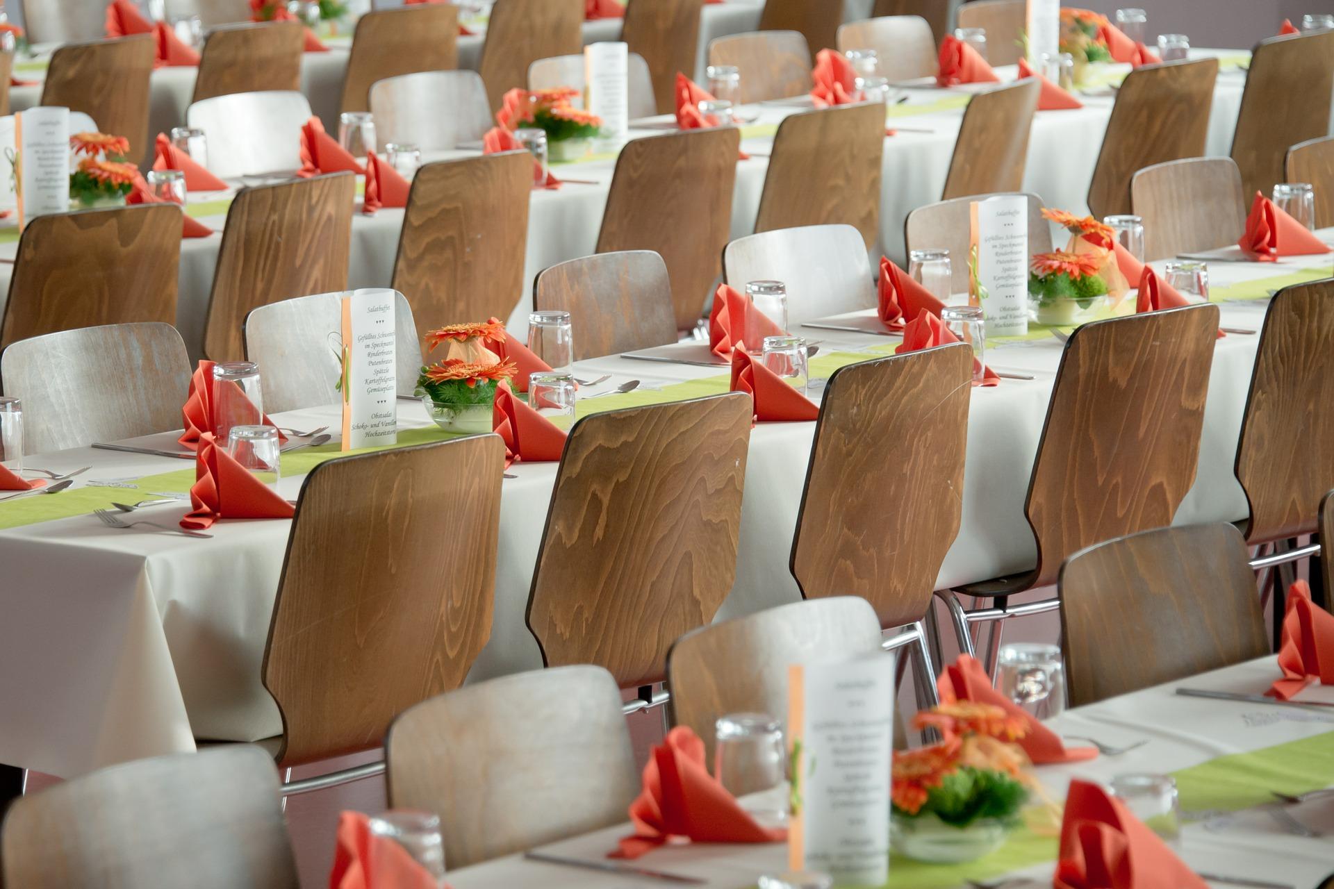 結婚式 出席者 決め方